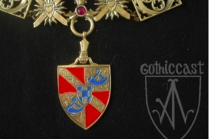 Knight Collar pendant
