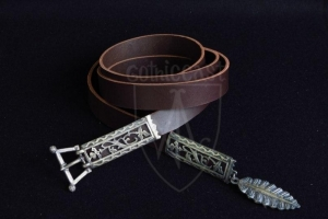 Flemish belt 14-15 centuries with leaf pendant