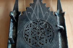 Knight buckle castle shape_backside