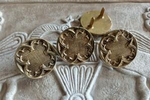 Gothic round plaque 1300-1430