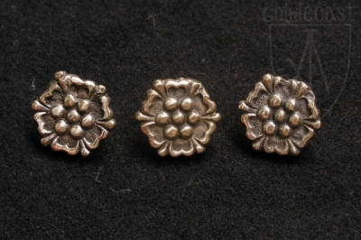 Small Roses Belt mounts 14-15 centuries Western Europe EM-11