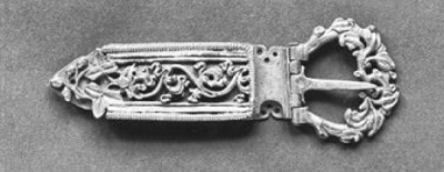 Catherine Medieval buckle late 15s