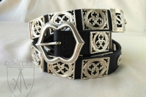 Knight girdle with silvering on a balck leather