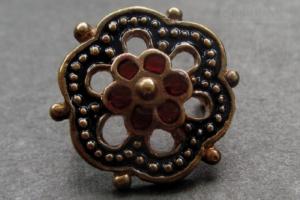 Girdle mounts from Siena with enamel, 14-15th c., Western Europe EM-28_4